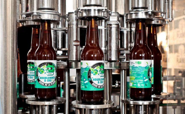 La Brasserie de la Plaine propose une bière artisanale 100 % marseillaise.